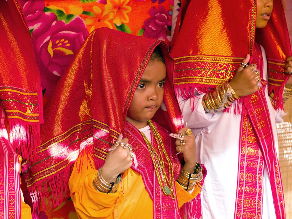 Vietnam - Muslim Cham ethnic minority - Karoh (maturity) ceremony